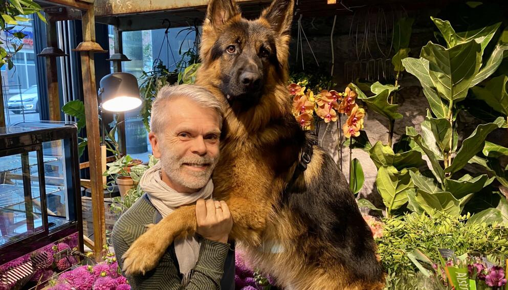 BESTEVENNER: - Odin er veldig glad i meg, og jeg er veldig glad i ham. Vi er blitt mer harmoniske nå, begge to, sier Tore Winther etter deltakelsen i tv-programmet «Fra bølle til bestevenn».