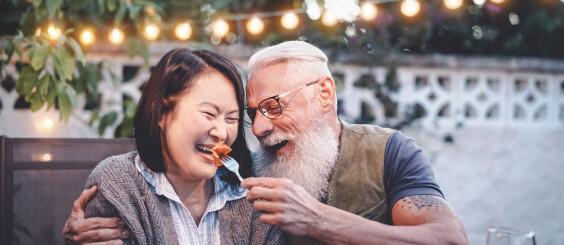 Image: Vi er aldri så lykkelige som når vi er 16 - og 70!