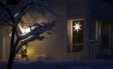 Image: «Jorda er syk, kuren er jul i november»