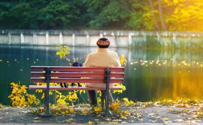 Image: Minstepensjonen for enslige ligger under lavinntektsgrensen