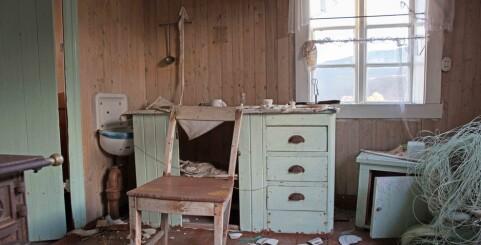 Image: Tøflene sto i gangen og kaffekoppen på bordet da Anny ble borte