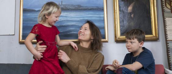 Image: Josefina ble mamma som 46-åring: – Trodde det var lett å bli gravid
