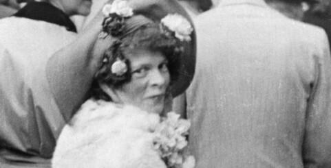 Image: Alle kjente til henne, men ingen visste hvem hun egentlig var
