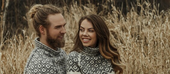 Image: Lasse vant «Farmen kjendis» – nå blir det strikkebok!