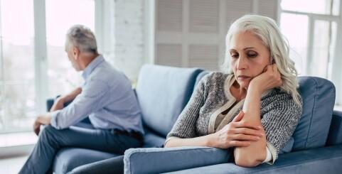 Image: - Hun våknet, så på mannen og tenkte: «Hva skal jeg med deg?»