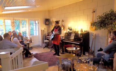 Image: Bjørn driver restaurant hjemme i egen stue